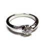 ダイヤモンドの婚約指輪をリフォームしました。