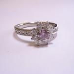 ピンクダイヤモンドの指輪をオーダーメイドしました。